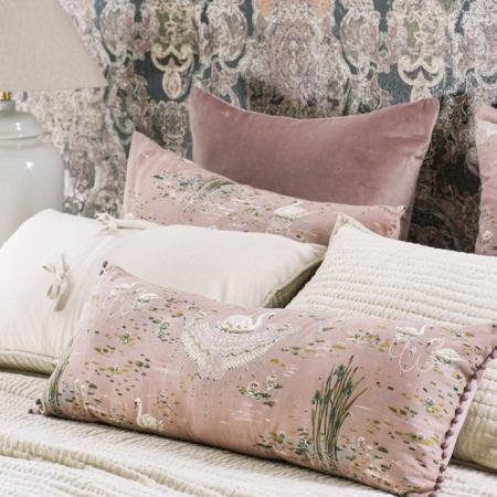 SWAN Bolster Cushion CIGNA Dusky Pink