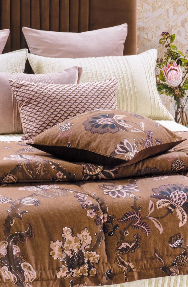 Capriccio Copper Comforter