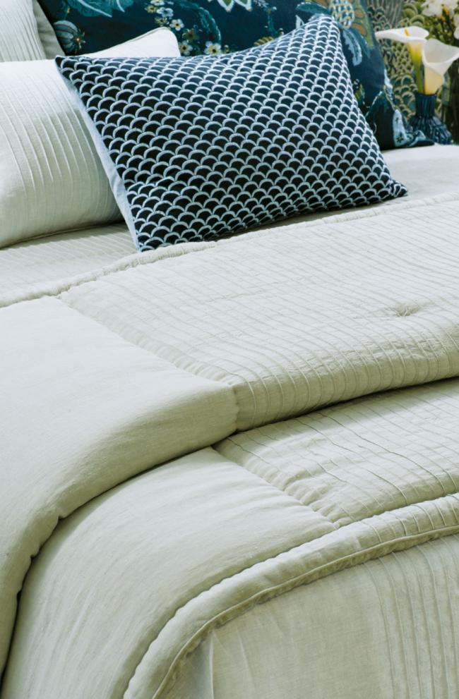 Linen Chambray Comforter KAIYU SEAFOAM