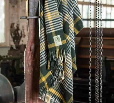 Check Wool Throw MICHAEL COLLINS | Ireland