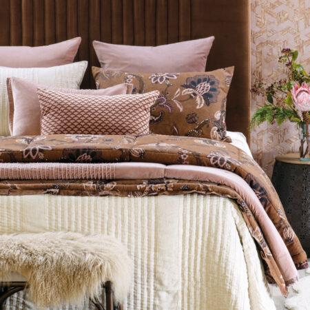 Ecru Linen Chambray Bedspread PURITSU