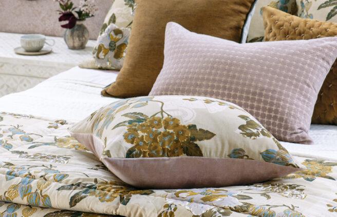 Floral Comforter CHABANA BLUSH