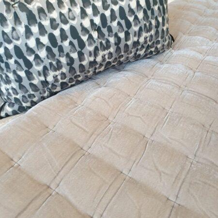 Comforter PIN VELVET COOL GREY